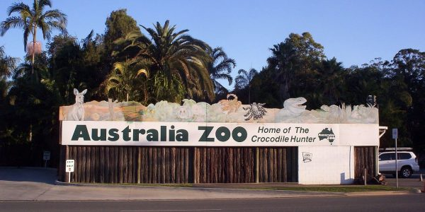 1280px-Aus_zoo_sign